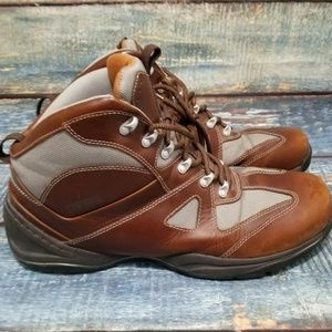 Rockport XCS Hybrid Boot Size 13 Model # APM3853RM